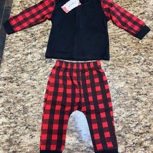 Other - New! Red and black infant outfit (6-12mos)